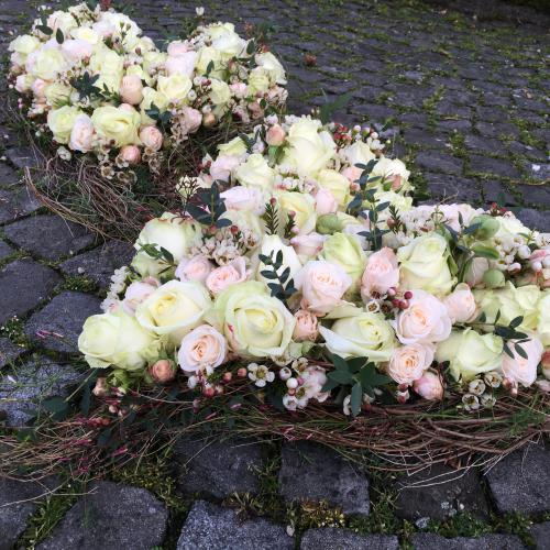 Trauerherz weiss-rosa